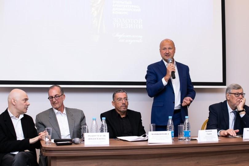 Пресс-конференция 16 мая 2019 года: фоторепортаж Виталия Коликова